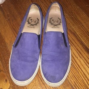 Del toro suede blue slip ons in size 7